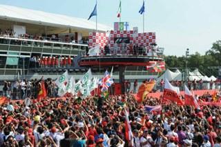 (c) Bridgestone - Le podium de Monza en 2009