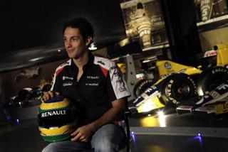 © LAT - Le nom Senna revient à Woking