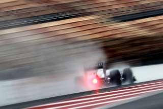 (c) Mercedes GP. De la pluie pour pimenter les GP?