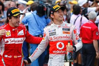 © Pirelli - Un duo Alonso/Button chez McLaren en 2015 ?