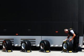 (c)Pirelli/ Après les durs et les médiums, c'est au tour des tendres d'être améliorés