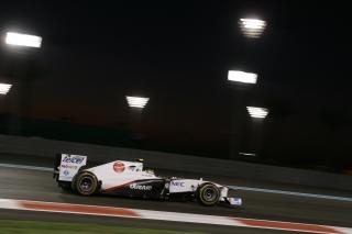 © Sauber - Perez devance Kobayashi sur la grille à Abu Dhabi
