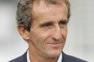 © DR - Alain Prost derrière le micro durant deux Grands Prix