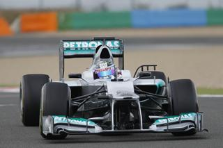 © Fan-F1.com - Sam Bird au volant de la F1 W03