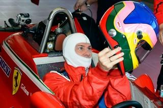 © Ferrari - Vite un casque insonorisé...