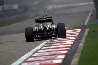 Lotus E20, DRS Activé, sur le circuit de Shanghai