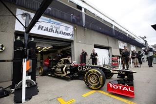 © LAT / Lotus F1 Team