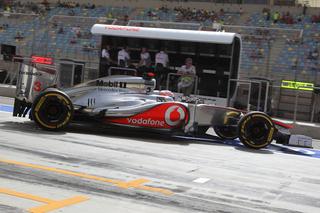 � LAT - Les erreurs de McLaren pourraient amener Lewis Hamilton � aller voir ailleurs pour 2013.