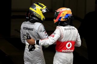 © McLaren - Hamilton rejoint Rosberg chez Mercedes