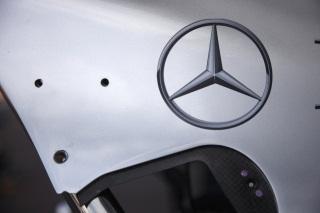 © Mercedes - Passage éclair dans les années 50