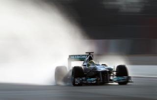 © Mercedes - Rosberg s'est montré à son aise sous la pluie sur le tracé d'Interlagos aujourd'hui