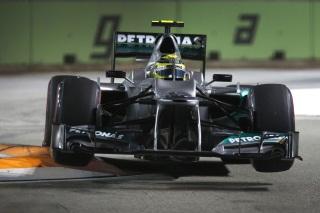© Mercedes - Les F1 ne devraient plus décoller au virage 10 du tracé de Singapour