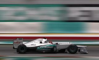 © Mercedes AMG / Schumacher réalise le meilleur temps du jour