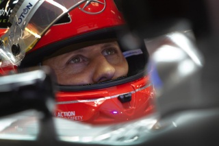 © Mercedes - Schumacher est sorti du coma, mais la route reste longue