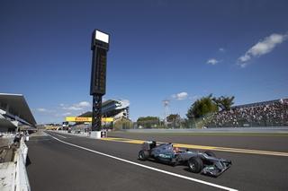 © Mercedes - Schumacher termine à la porte des points au Japon