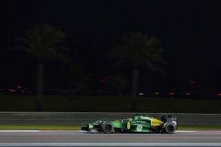© Caterham - Pic termine derrière van der Garde à Abu Dhabi