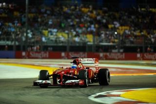 © Ferrari - Alonso se montre à Singapour