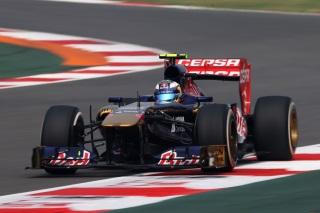 © Getty - Ricciardo a du pain sur la planche à Abu Dhabi