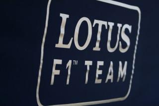 Des camions mais pas encore de Lotus à Jerez