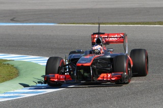 f1 gillette investit chez mclaren en asie sur. Black Bedroom Furniture Sets. Home Design Ideas