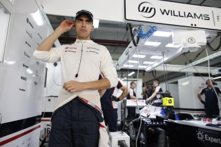 © LAT - Pastor Maldonado tourne le dos à Williams et atterit chez Lotus