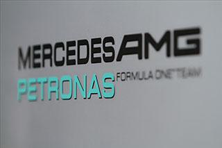 © L. Lefebvre / Fan-F1 - Ca démarre mal pour Mercedes