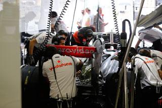© McLaren - Beaucoup de travail pour McLaren cette nuit