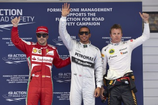 © Mercedes - Pole position pour Hamilton