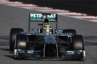 � Mercedes - Il y aura non pas une mais deux Mercedes sur la premi�re ligne � Barcelone