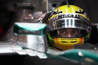 © Mercedes - Hamilton en pole à domicile !