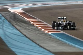 © Mercedes - Hamilton était proche de la première ligne mais a subi un souci