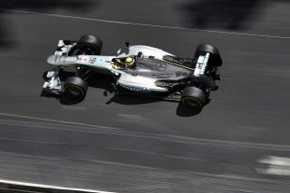 © Mercedes - Première ligne 100% Mercedes à Silverstone