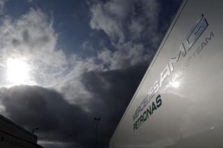 © Mercedes - Le Tribunal International de la FIA plutôt clément envers Pirelli et Mercedes