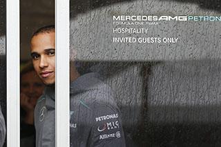 © Mercedes AMG - Hamilton aurait-il pu défendre d'autres couleurs que celles de Mercedes en 2013 ?