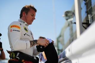 © Pirelli - Räikkönen, champion du monde 2007 au terme d'une course menée de main de maître par la Scuderia