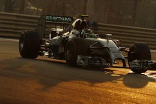 © Daimler - Paddy Lowe salue la sportivité de Nico Rosberg