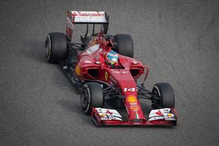 © Fan-F1 - Alonso a passé une bonne journée, même s'il ne veut pas s'avancer