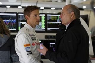 Button attend toujours une réponse de Ron Dennis et de McLaren pour 2015