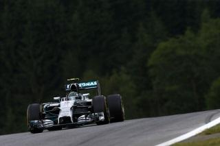 © Mercedes - Rosberg parviendra-t-il à signer une 3ème pole position consécutive en Autriche ?