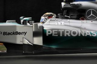 © Mercedes - Hamilton et Rosberg démarrent bien