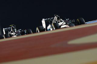 La lutte de l'intérieur entre Hamilton et Rosberg