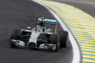 © Mercedes - Rosberg réalise le grand chelem sur les essais libres
