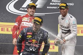 © Mercedes - Le même podium, mais dans le désordre !