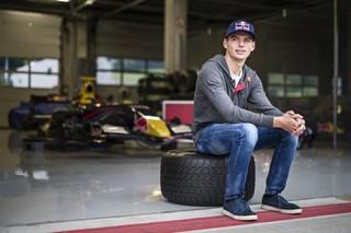 © Red Bull - Verstappen effectuera ses débuts en F1 en 2015 à l'âge de 17 ans seulement