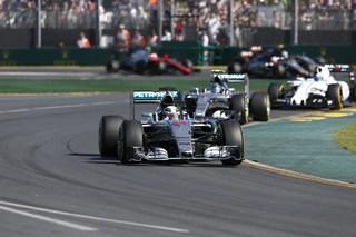 © Mercedes - L'équipe Mercedes va-t-elle encore dominer la meute à Melbourne et après en 2016 ?