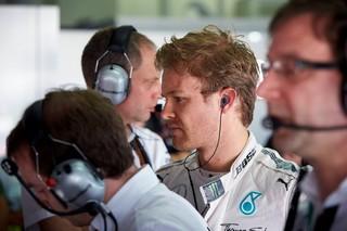 Rosberg signe une nouvelle fois le meilleur temps