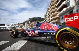 Toro Rosso : Verstappen pénalisé au Canada, Sainz revient de loin