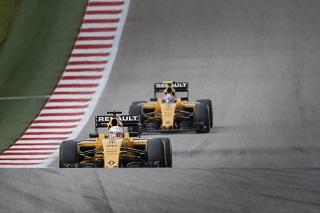Une course frustrante mais plaisante pour Magnussen, Palmer bougonne