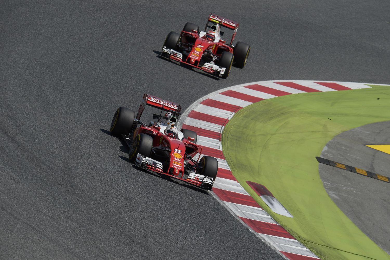Nouveau tir groupé des Ferrari en qualifications