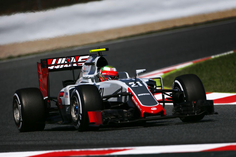 © Haas - Un vendredi difficile pour Esteban Gutierrez à Barcelone